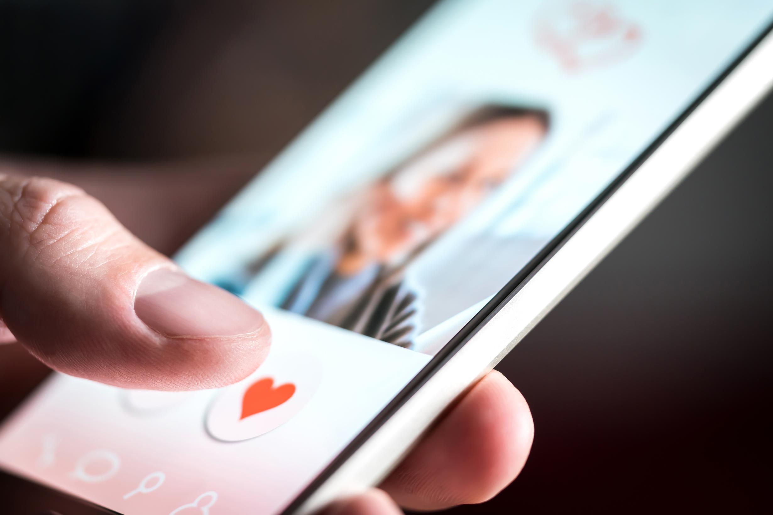 Vett och etikett när det kommer till online dating